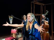 Theatervoorstellikng Matzer: Sublieme Nanette Edens laat tijd trillen