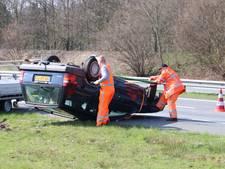 Lange file op A1 na dubbel ongeval  tussen Hengelo en Oldenzaal
