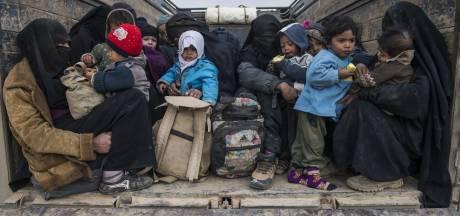 Koerden: 'IS-strijders worden niet zomaar vrijgelaten, maar situatie is wel een tijdbom'