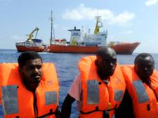 Italië legt beslag op migrantenschip AzG wegens dumpen menselijk afval
