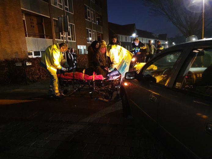 Een scooterrijder is bij een botsing op de Liendertseweg gewond geraakt.