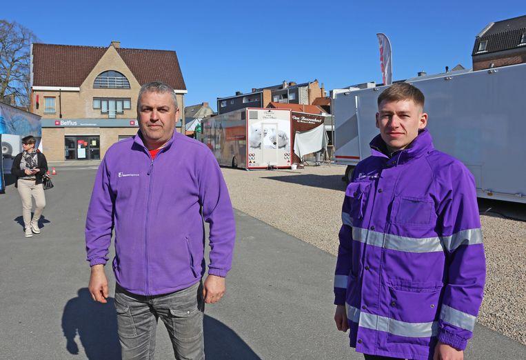 Gemeenschapswachten Kris Buys en Sylvio Van den Bossche moesten controleren of iedereen zich aan de regels hield.