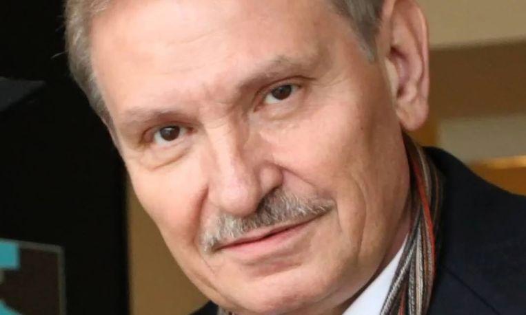 Vrienden en familie ontdekten het lichaam van Gloesjkov gisteravond laat in zijn woning in Londen.
