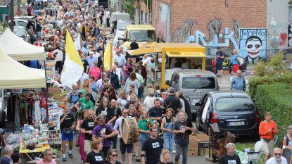 Massa volk op de been voor Scheldewijding, eerste leegstaande huizen vrijgegeven