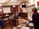 Liesbeth Witteveen spreekt in tijdens de bestuursraad Engelen/Bokhoven