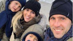 """""""We hebben de jongens een geheimpje verteld"""": Thomas Buffel en vriendin Annabel verwachten een zoontje"""