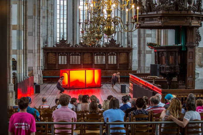 De psychedelische, verdelende toneelproductieHeart of Darkness was één van de culturele hoogtepunten van het festival Zwolle Unlimited.