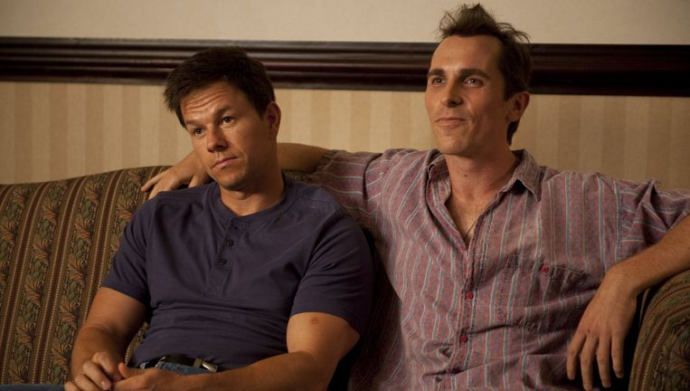 Mark Wahlberg (links) en Christian Bale in The Fighter. Beeld