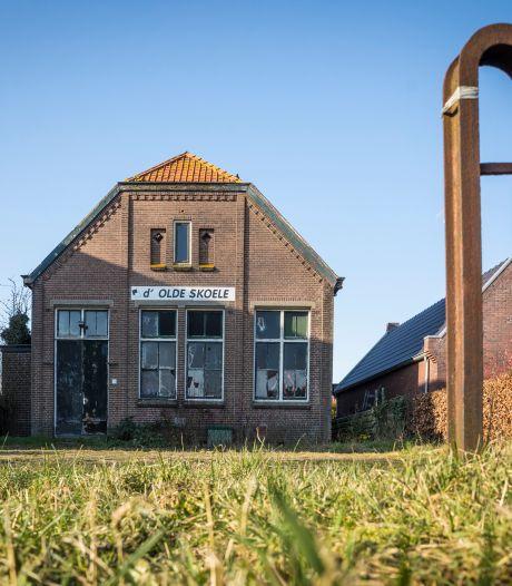 d'Olde Skoele in Hattem bijna verkocht, dan eindelijk een toekomst voor monumentaal gebouw?
