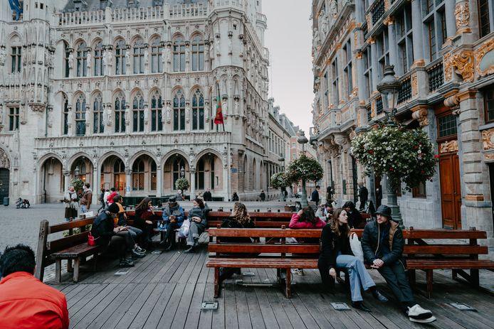 Op de Grote Markt in Brussel, middenin de coronapiek.