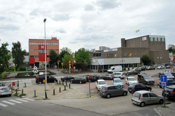De ondergrondse parking zou onder het gemeenteplein komen.