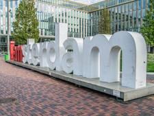 I amsterdam-letters mogen blijven bij Sloterplas en in Zuidoost