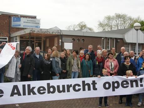 Insprekers pleiten tevergeefs voor behoud dorpshuis Alkeburcht
