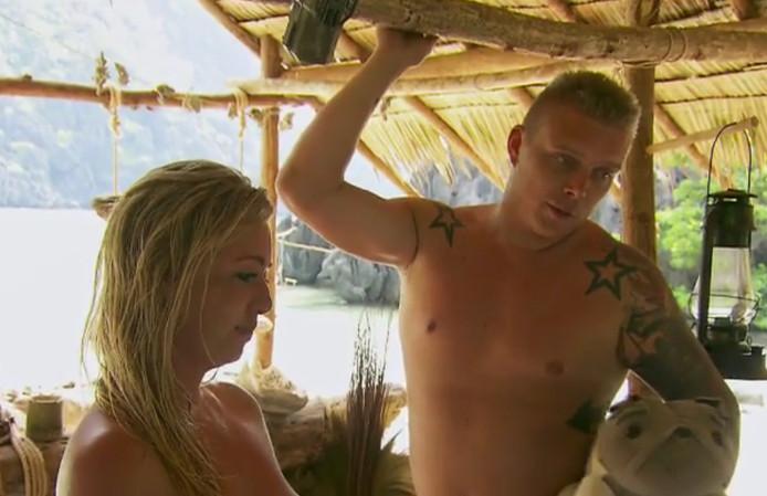 Josje en Tony op het eiland.