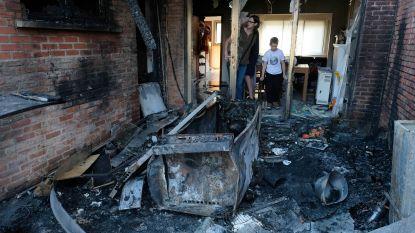 Alerte buren wekken gezin met 2 kinderen: huis onbewoonbaar na woningbrand