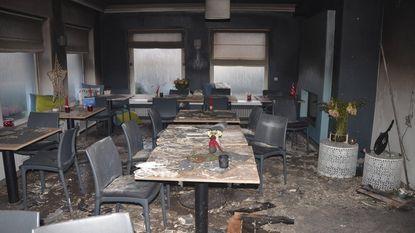 Burgemeester gered uit brandende woning