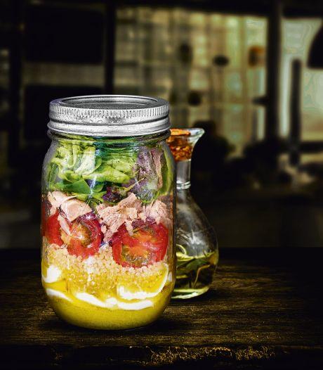 Wat Eten We Vandaag: Quinoa-salade in een pot met tonijn en mini-mozzarella