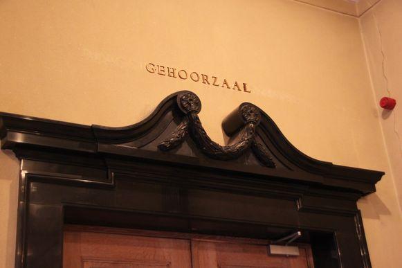 de zittingszaal van de rechtbank in Kortrijk