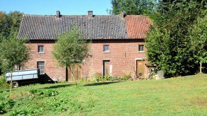 Gemeente laat woning aan Baljuwhuis afbreken