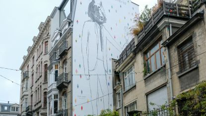 Muurschildering na drie jaar ingehuldigd