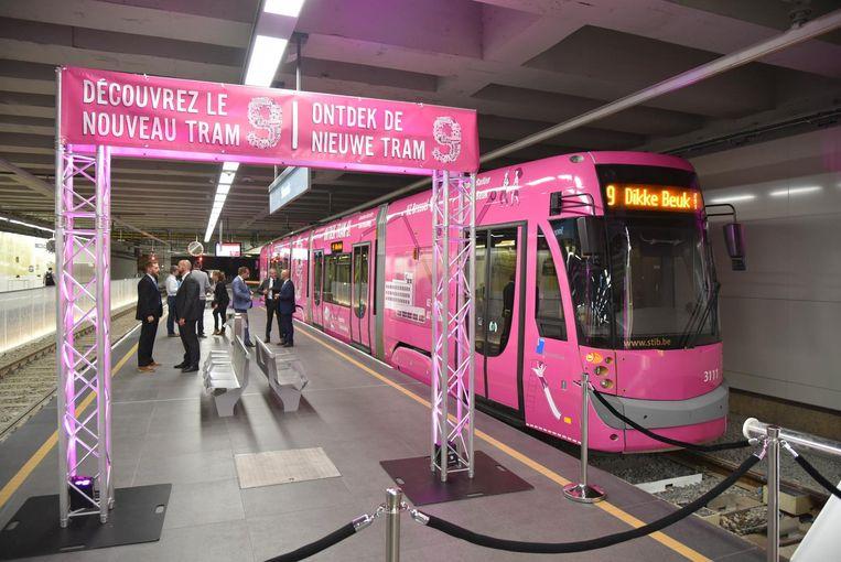Tijdens de spits is er om de zes minuten een tram voorzien.