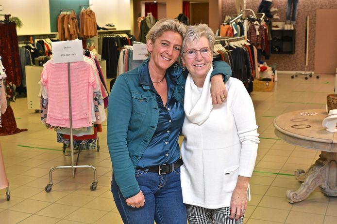Jessika Verhaeghe (links) en Doreen Couwelier  zijn door de coronacrisis genoodzaakt om door de coronacrisis een moeilijke beslissing te maken.