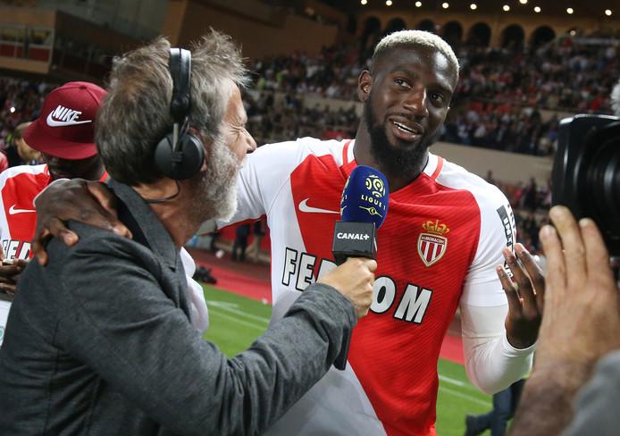 Tiemoue Bakayoko staat de pers te woord na het behalen van de Franse landstitel.