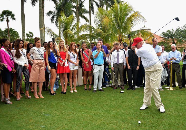 Trump golfend op Trump National Doral in 2015.
