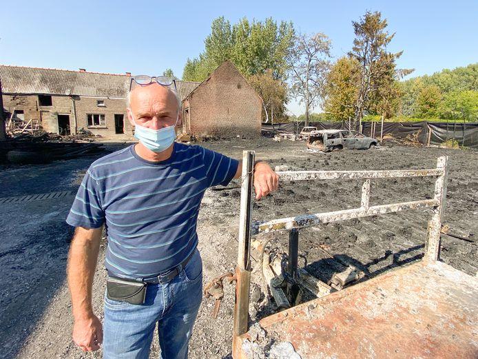 Koen De Bock op de site waar de brand heeft gewoed.