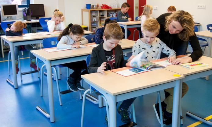 De Zonnewijzer groeit gestaag door. Eerder al kreeg groep drie van De Zonnewijzer les in de voormalige gymzaal van de school. Nu is de bovenbouw naar het Slingerbos en is er een BSO bijgekomen bij de Zonnewijzer.