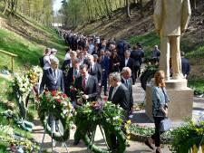 Acht burgemeesters bij herdenking Kamp Amersfoort