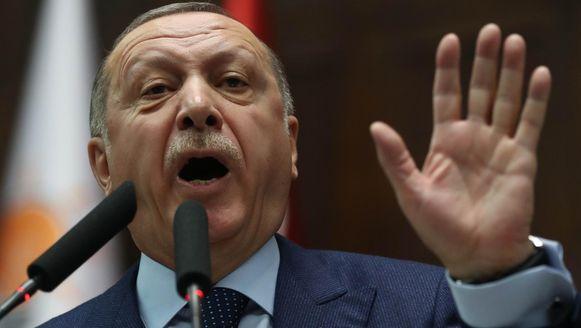 Zijlstra Laat Zich Voor Erdogans Karretje Spannen De