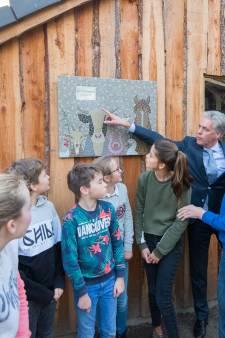 Joop van den Berg (1928-2018) kon met een oogopslag de jeugd van Moergestel stil krijgen