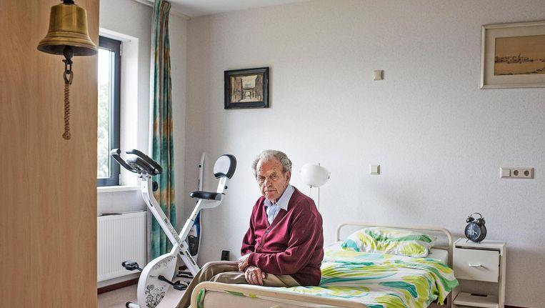 Hr. Jiskoot, 95 jaar oud, wil over zijn eigen levenseinde beslissen. Beeld Guus Dubbelman / de Volkskrant