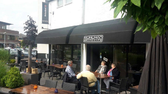 Barnevelds restaurant geplaagd door parasoldief amersfoort for Lay outs terras van het restaurant