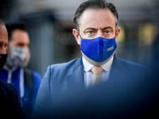 """Academiejaar online op gang getrapt met speech van burgemeester De Wever: """"We laten onze maatschappij niet verlammen, integendeel"""""""