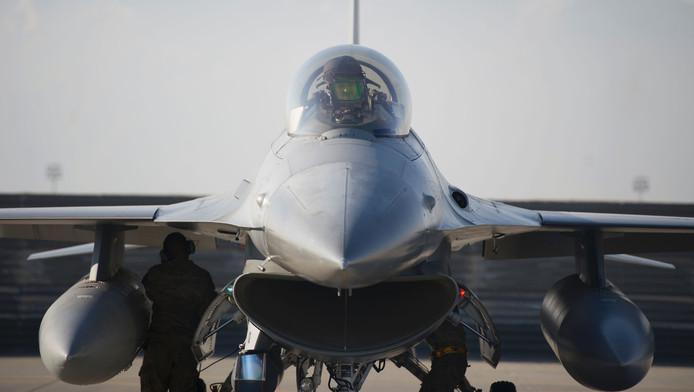 In Irak zijn ook Amerikaanse F-16's actief.
