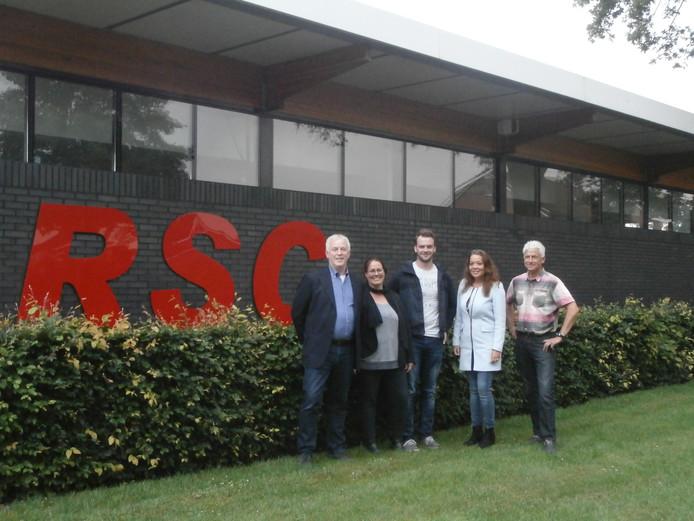 Een deel van de jubileumcommissie ter gelegenheid van 80 jaar RSC: Henk Siemerink, Chantal Horsthuis, Niek Nolten, Diana Scheper en Alfons Sleiderink (vanaf links).