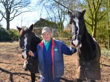 Protestactie tegen sloop paardenstal familie Goossens Liessel