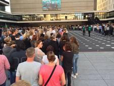 Lange rijen voor show Anouk wegens extra veiligheidscontroles