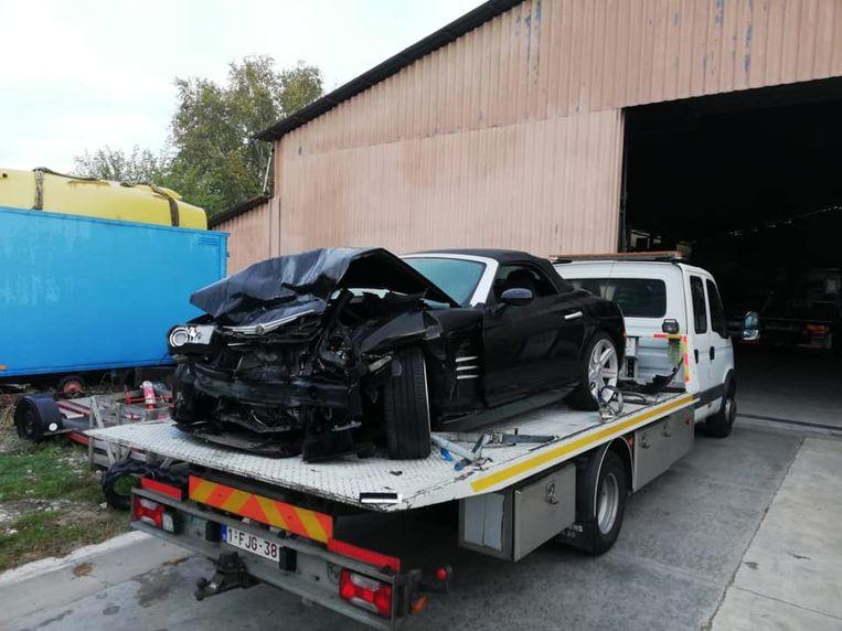 De sportwagen van Siheme was klaar voor de schroothoop.