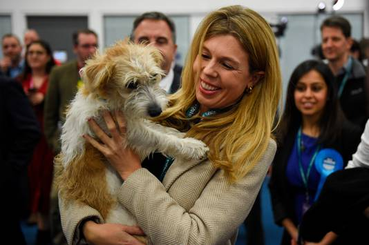 Carrie Symonds met hond Dilyn.