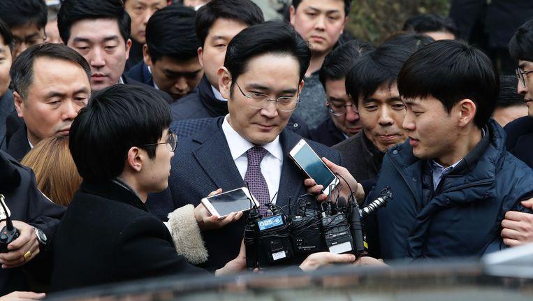 Lee Jae-yong buiten de rechtbank van Seoel in januari. Beeld getty