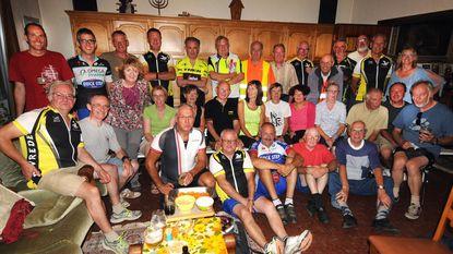 Fietsers De Vrede sluiten zomerse fietstochten feestelijk af