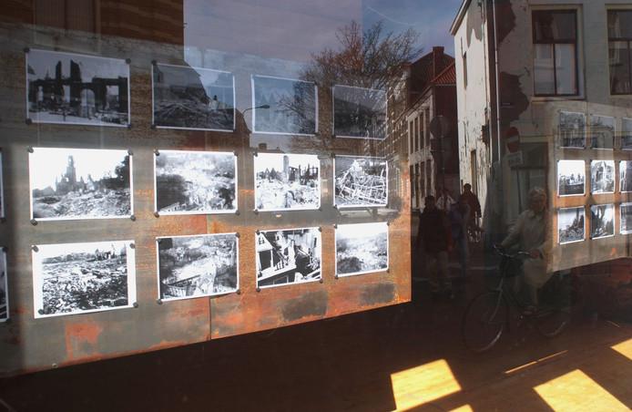 Expositie over het bombartement op Middelburg.