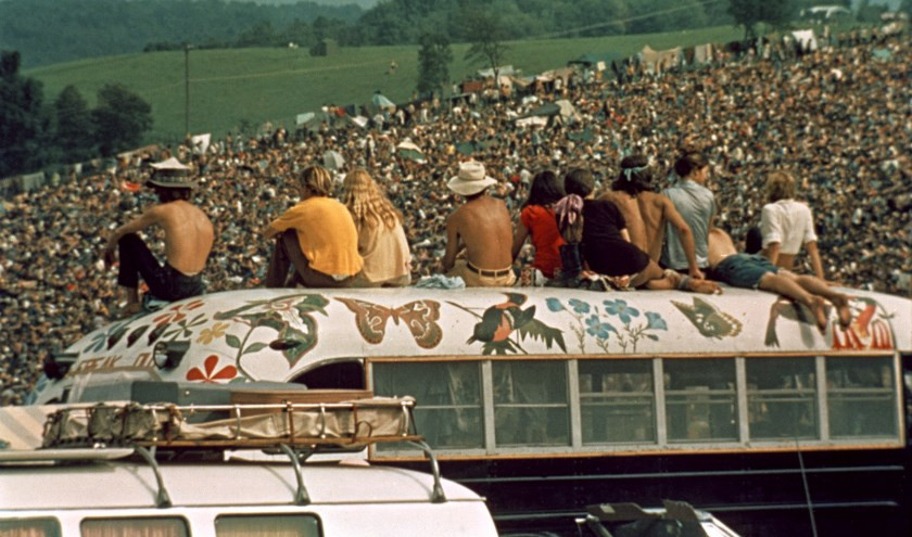 Beeld uit de muziekdocumentaire Woodstock, 3 days of peace and music