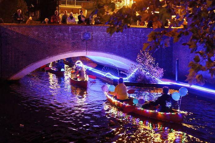 Boxtel by night bij de Zwaanse brug in het centrum van Boxtel.