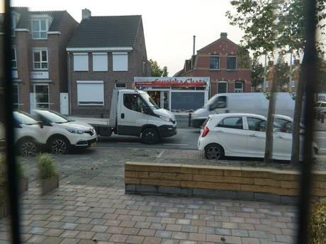 'Overlast Poolse supermarkt wordt steeds erger in Roosendaal'