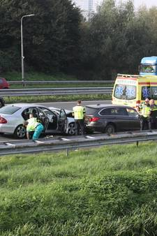 Drie auto's op elkaar geklapt op A13