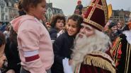Sinterklaas krijgt warm welkom aan Nieuwe Kaai